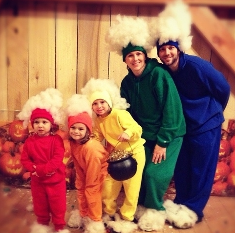 Diy Family Halloween Costumes.Looking For Some Fun Affordable Halloween Costumes For Your